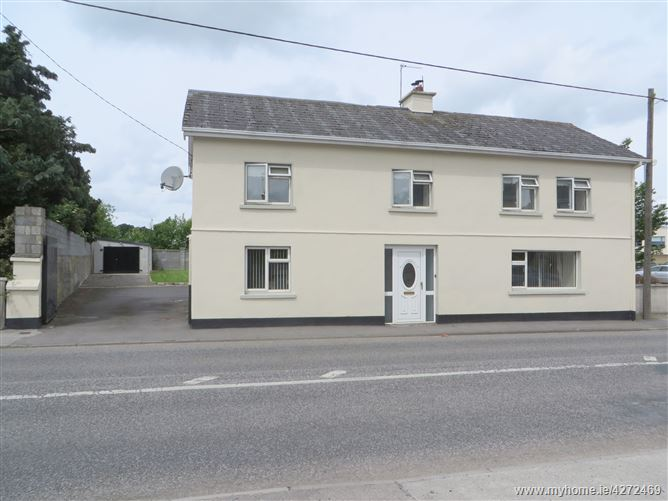 Brosna View House, Lower Main Street, Ferbane, Offaly
