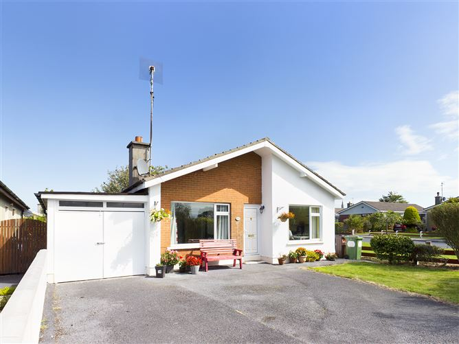 Main image for 56  Roselawn , Tramore, Waterford