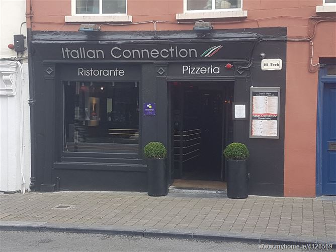 The Italian Connection, Parliament Street