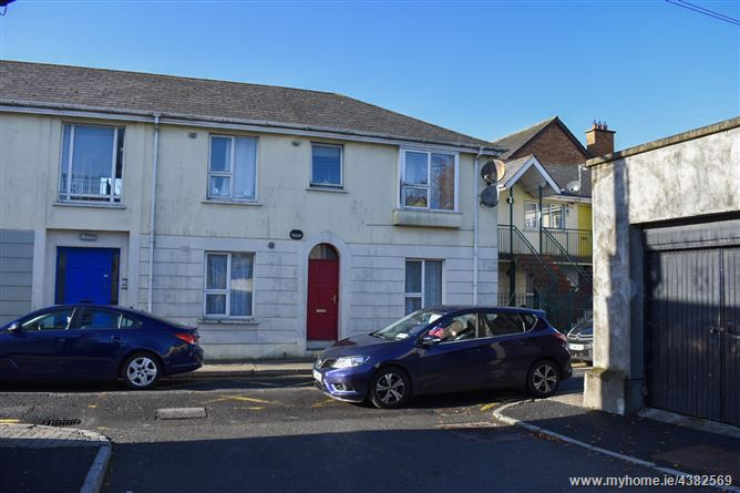 4 Bridge Apartments, McCurtain Street, Mullingar, Westmeath