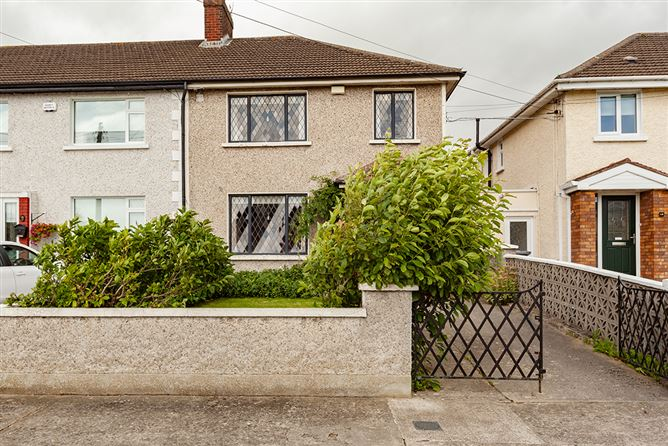 Main image for 18 Beneavin Park, Glasnevin,   Dublin 11