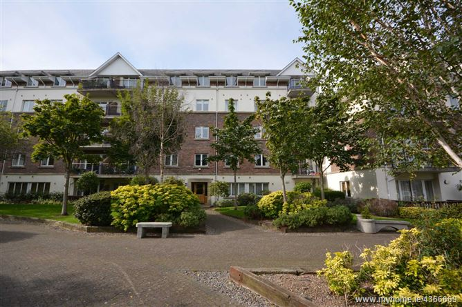 Main image for 72 Hampton Square, Navan Road, Dublin 7