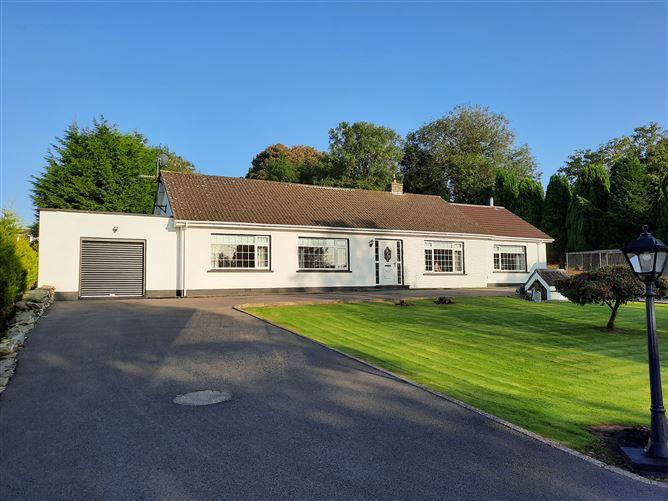 Main image for Shanowen Lodge, Sillogue, Monasterboice, Drogheda, Louth