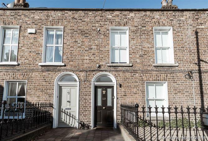 Main image for Luxury Dublin Central,17 albert Place, Dublin, Ireland