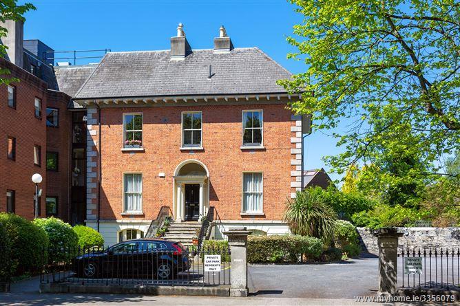 16 Raglan Hall, Ballsbridge,   Dublin 4