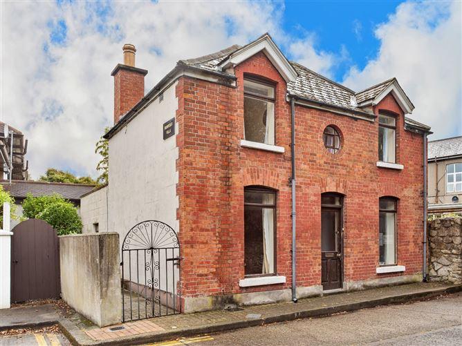 Main image for Bushfield Villa, Bushfield Terrace, Donnybrook, Dublin 4