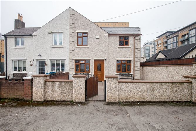 Main image for 10 Huxley Crescent , Cork Street, The Coombe, Dublin