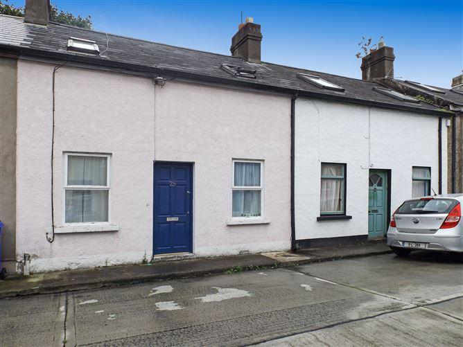 Main image for 25 O'Curry Place, O'Curry Street, City Centre (Limerick), Limerick City