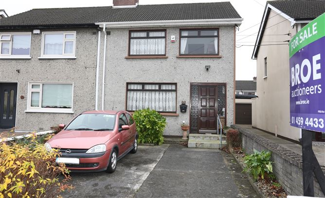 64 Castle Close, Clondalkin,   Dublin 22