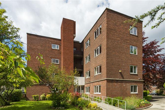 Main image for 29 Ilex House, Mespil Estate, Sussex Road, Ballsbridge, Dublin 4, D04 CF38