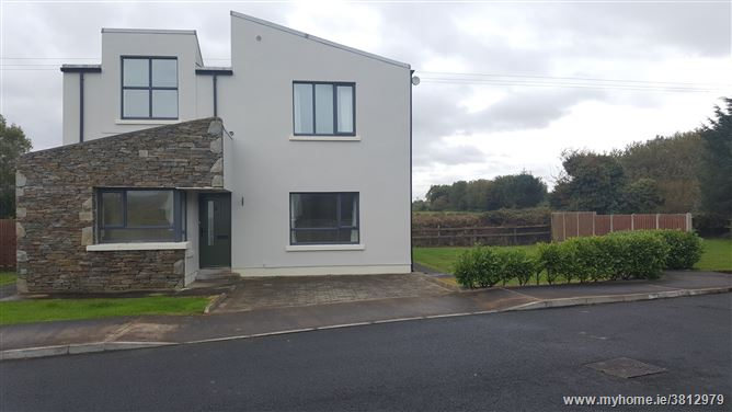 No. 8 Cill Cluain, Westport Road, Louisburgh, Mayo