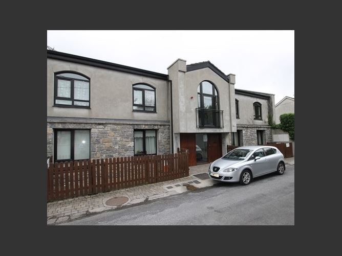 Main image for Apartment 3 St Mary's Court, Thurles, Tipperary