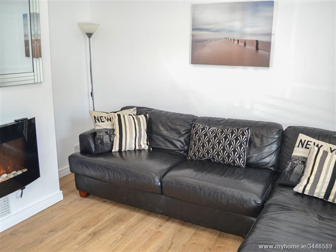 Main image for Strand Cottage,Strand Cottage, Strand Road, Derrybeg, County Donegal, Ireland