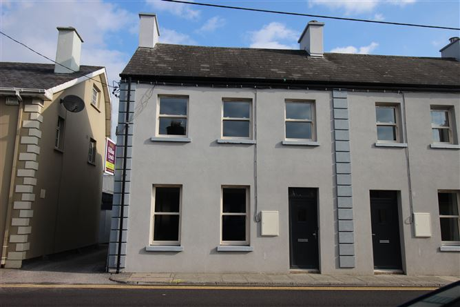 28, A New Street,, Macroom, Cork