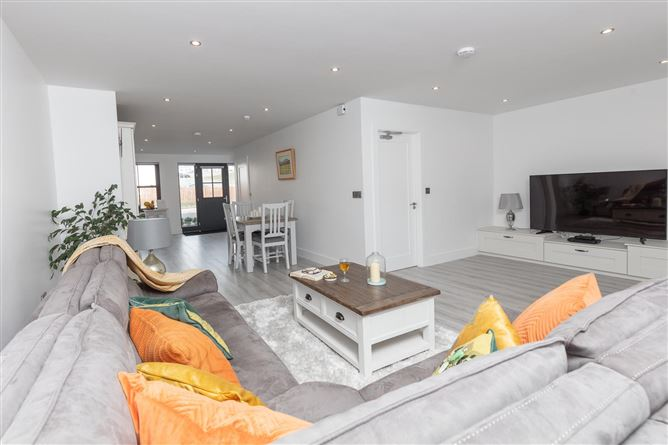 Main image for Blasket Stone Apartment ,FairField Close