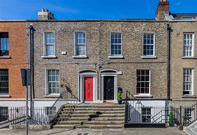 Main image for 23 Pearse Square, South City Centre, Dublin 2