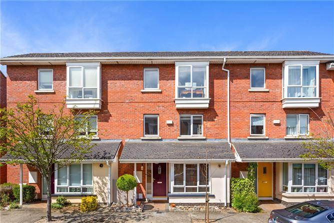 Main image for 70 Fernleigh Drive,Castleknock,Dublin 15,D15 K3V7