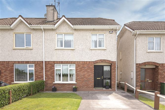 Main image for 32 Castlemanor Crescent,Castlemartyr,Co Cork,P25 X795
