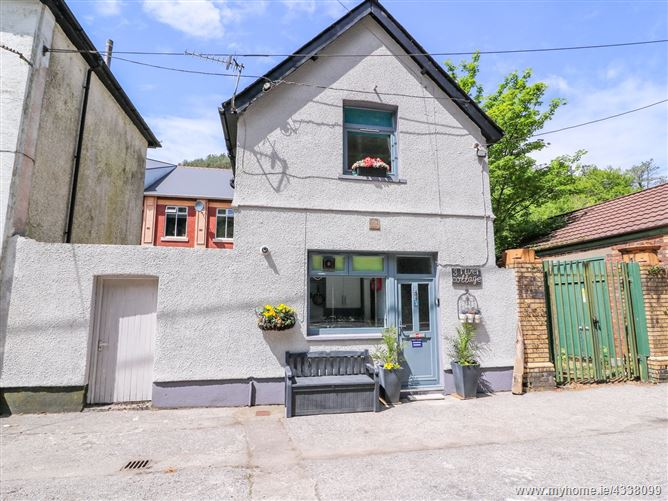Main image for River Cottage,Cymmer, Neath Port Talbot, Wales