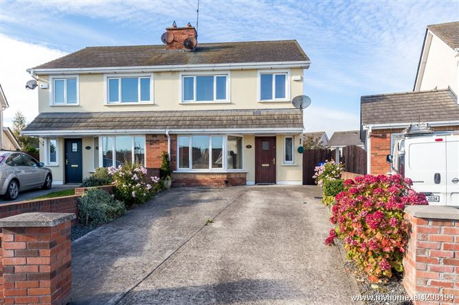 15 Castlemartin Park, Bettystown, Meath