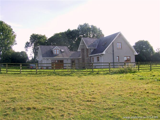 5 Bedroom Country House on C.33 acres of Land, Cooleregan, Mitchelstown, Cork