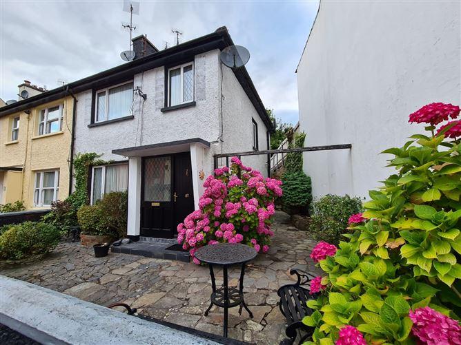 Main image for 4 Marian Terrace, Market Square, Kinsale, Cork
