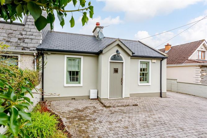 Main image for 1 Newtown Clarke Cottage, Old Lucan Road, Palmerstown, Dublin 20