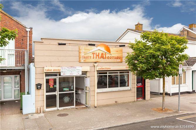 Restaurant and Yard, 24 South Strand, Skerries, Co Dublin K34 PH04