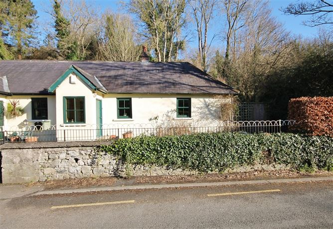 Main image for 2 Silvermount Cottages, Strawberry Beds, Dublin 20