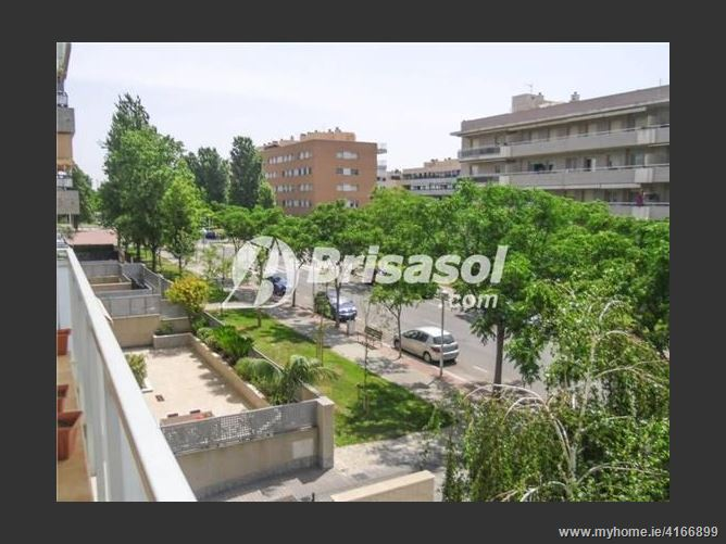 CalleRosa Sensat, 43840, Salou, Spain